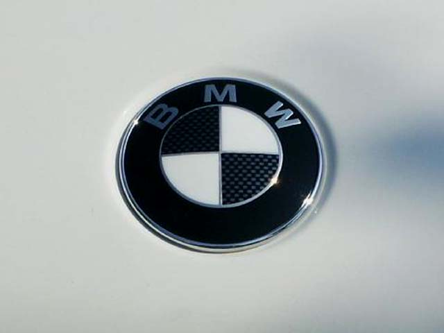 bmw e39 emblem removal and carbon fiber look decals. Black Bedroom Furniture Sets. Home Design Ideas
